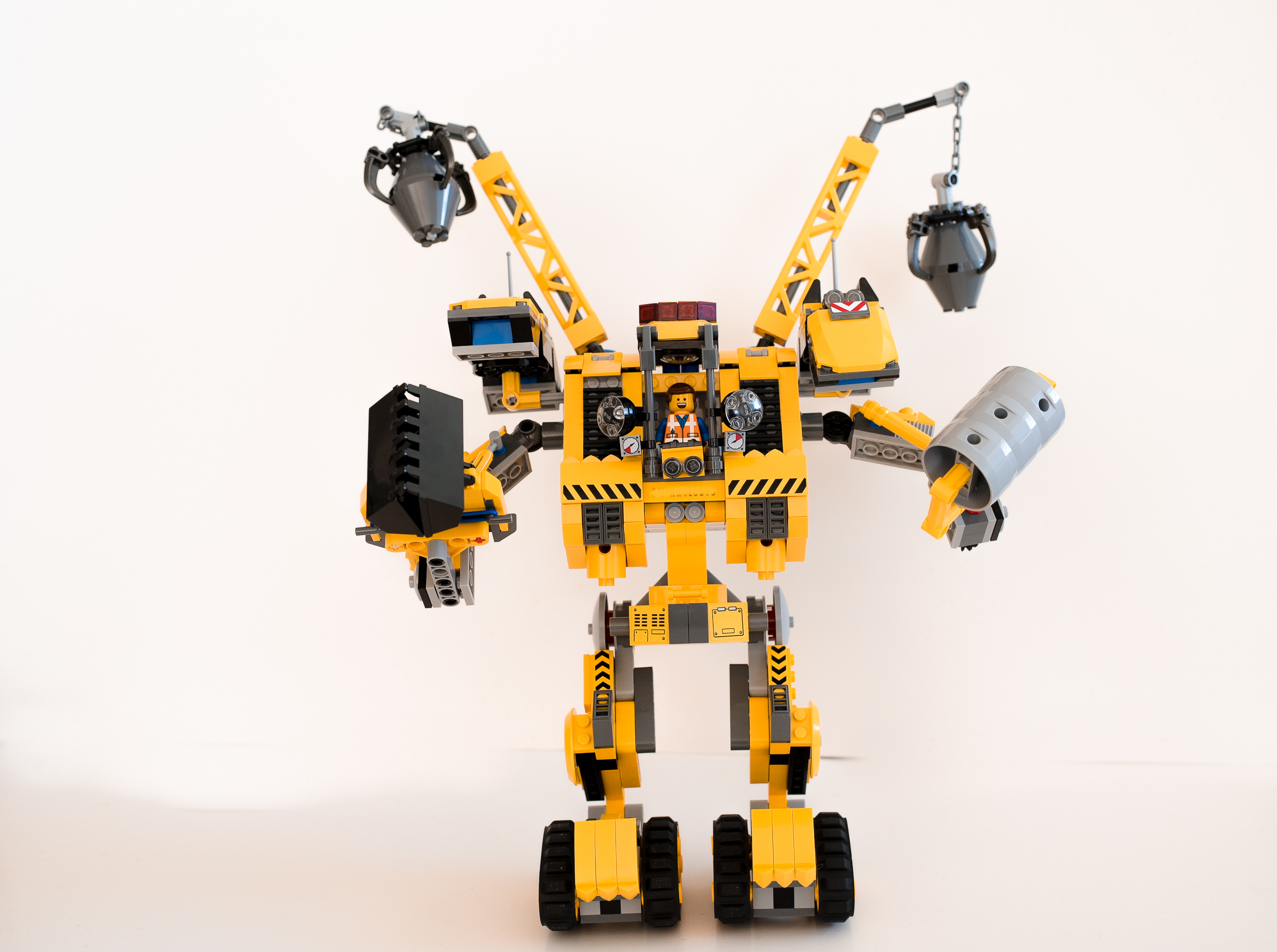 lego movie lego set review that s a lot of lego. Black Bedroom Furniture Sets. Home Design Ideas